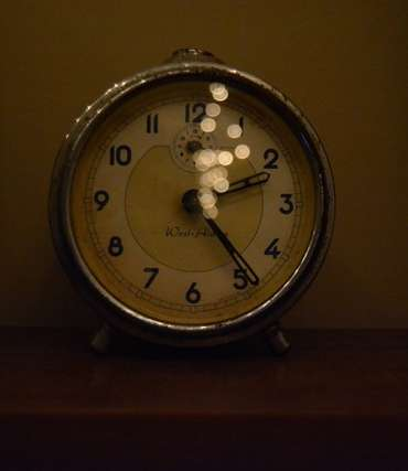 hypnotherapy for insomnia clock